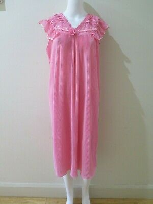 Pink Pleated Vintage Nightgown
