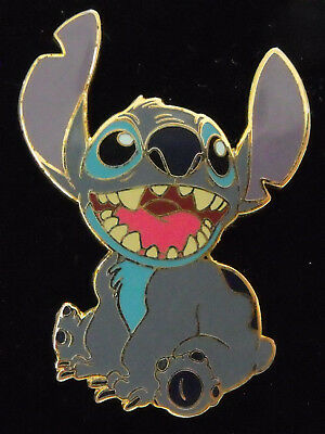 2002 Disney Trading Pin DLR Cute Stitch Sitting and Smiling NOC