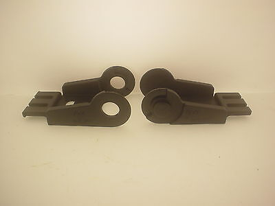 NEW ONE SET IGUS 1050.1PZ 1050.2PZ MOUNTING BRACKETS FOR 15.050.038 CARRIER