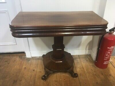 19th Century Mahogany Pedestal Tea Table