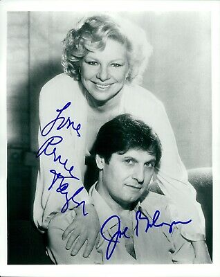 Bologna & Taylor Photo Signed In Person By Joe Bologna & Renee Taylor - G147
