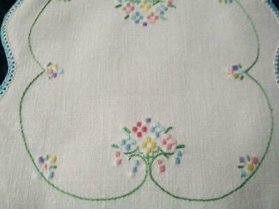 Charming Stylised Flowers  Vintage Hand Embroidered Doily