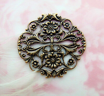 ANTIQUE BRASS (2 Pieces) Filigree Crest Floral Flower Stamping Finding (FB-6107)