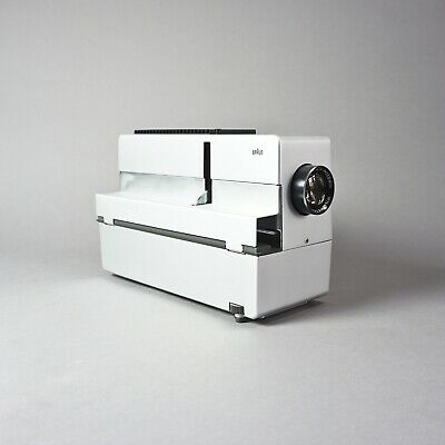 Dia Projector by Braun D46 with Wetzlar Maginon 100mm 1:2,8 1.Z