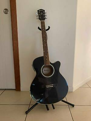 Monterey Beginner Acoustic Electric Guitar in good condition - black