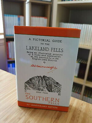 The Southern Fells: Pictorial Guides to the Lakeland Fells Book Four