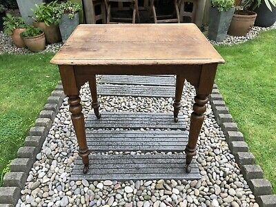 Lovely Small Victorian Oak Farmhouse Kitchen Table /Sidetable.