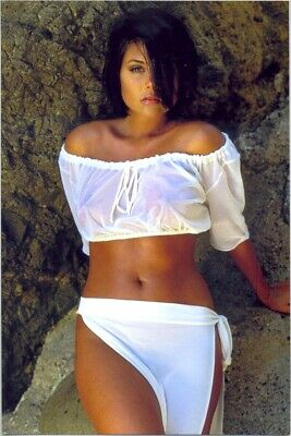 Tiffani-Amber Thiessen - In A White Skirt And A White Top ! Waiting For You