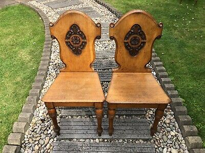 Pair Antique Victorian Oak Carved Scroll back Hall / Side Chairs.