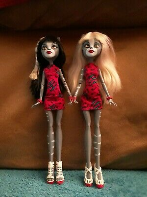 Monster high redressed Meowlody and Purrsaphone