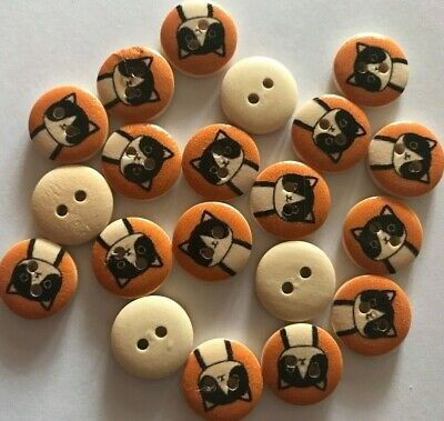 18 Cats  - LOT 2 - Wooden Buttons - Sewing, Craft, Scrapbooking,Quilting