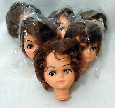 "Set of 6-3.5/"" Blonde Hair Vinyl Lady Doll Hands and Head Sets"