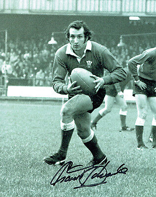 Gareth Edwards HAND SIGNED Autograph Wales Rugby 10x8 Photo AFTAL COA
