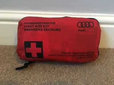Genuine Audi First Aid Kit TT Q7 A4 A8 S4 RS4 Safety Car 8F0860282 New Equipment