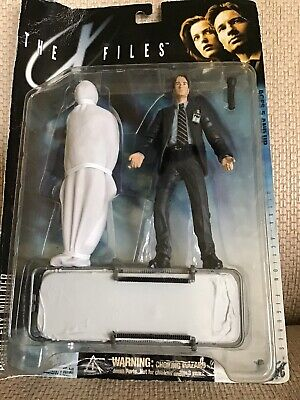 XFILES FOX MULDER 1998 McFarlane Fight The Future Series 1 Action Figure NEW