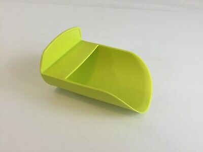 TUPPERWARE Scoop Chartreuse Yellow Green Flour Sugar