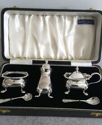 Quality Cased 3- Pce Vint. Solid Silver Condiment Set + 2 Spoons.    Birm. 1959.