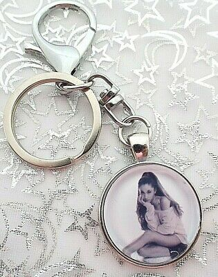Ariana Grande  Key Ring And Lobster Clasp Strong Chain Singer  With Gift Boxed
