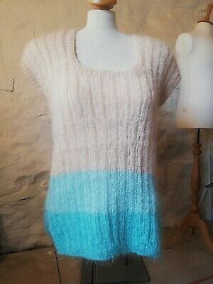 Genuine Vintage Hand Knitted 100% wool  Mohair Sleeveless Top Size L.
