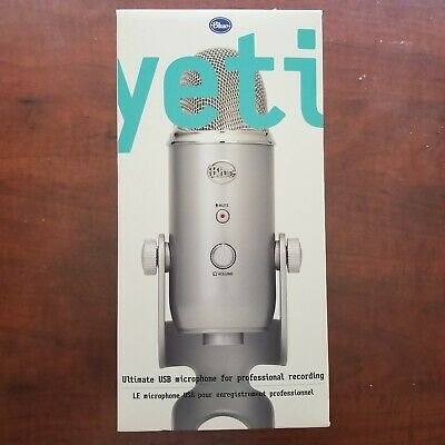 Blue Microphones Yeti USB Wired Professional Condenser Mic Silver