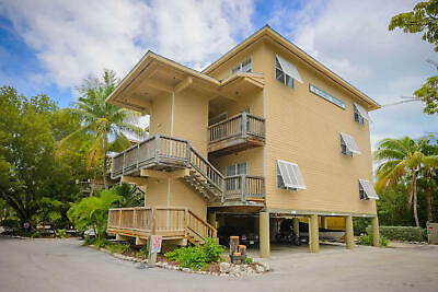 1 Bed 1 Bath Coconut Mallory Marina And Resort Key West Florida Timeshare Deed