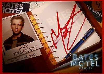 BATES MOTEL (Season Two) - MAX THIERIOT as Dylan Massett - Autograph Card - AMT1
