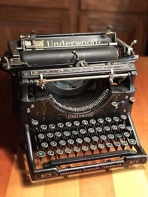 Unique Antique UNDERWOOD Standard Typewriter #5 S/N 938182 from 1916 GREEN KEYS!