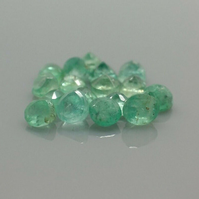 Natural Emerald Gemstones! - 2.28 ctw. 17 pcs. - Green - Zambia - Round Cut