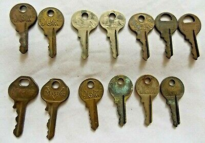 "Lot of 13 Vintage Lock Keys ""Master Lock Co."" Padlock Key ""V"", Lion - Brass"