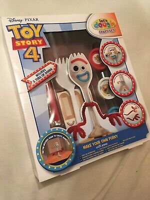 Disney Toy Story 4 Make Your Own Forky With Scene | Craft Set 3 Dough...