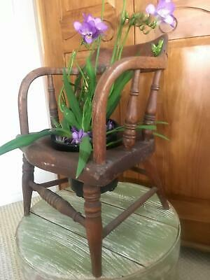 AAFA Primitive garden flower pot decor Farmhouse Country Child POTTY small Chair