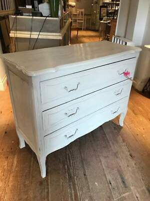 Stylish French Painted Chest of Drawers Annie Sloan 'Paris Grey'