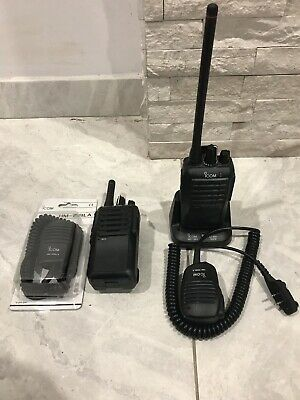 2X iCOM IC-F3003 VHF ANALOGUE Portable Radios
