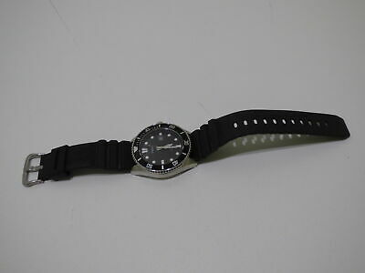 Casio Divers Men's WR200M Black Rubber Water Resistant Wrist Watch MDV-106