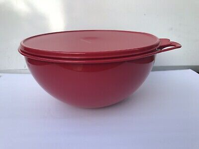 Tupperware Thatsa Bowl 32 CUPS  Red w/ SAME COLOR Seal New