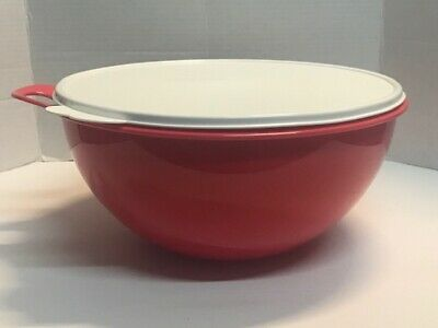 Tupperware Thatsa Bowl 32 CUPS Coral Red w/ white Seal New