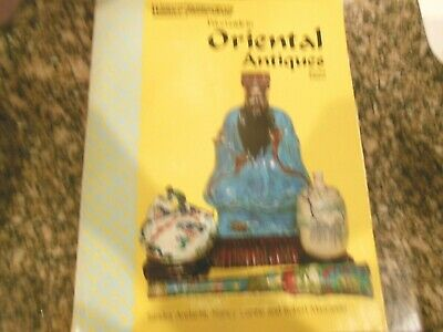 Wallace-Homestead Price Guide to Oriental Antiques by Andacht, Sandra 9780870693