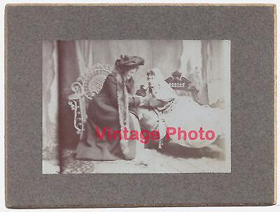 1890's Cabinet Photo of Two Lovely Young Women Acting Romantic Lesbian Interest