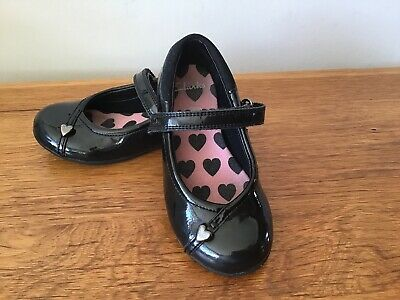 Clarks Girls Black Patent Leather School Shoes Size 7 G Good Condition
