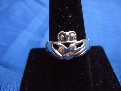 Vintage Sterling Silver Ring Size 8.5 Hands Holding Heart