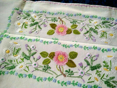 "Exceptional Fairistytch Briar Rose/Daisy++  Hand Embroidered Tablecloth 32""Sq"