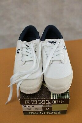 """""""Dunlop"""" Size 6, Women's Stylish White Lace Up Shoes, Great Condition, Bargain!"""