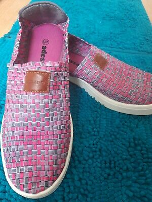 Adesso stretchy pink grey comfort slip on shoes size 8 memory foam