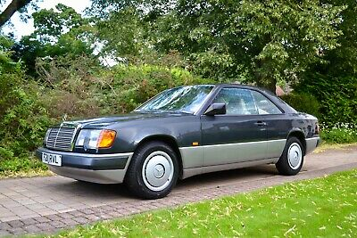 1988 Mercedes-Benz 300CE W124 *Outstanding Condition and Specification*