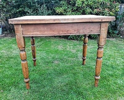 Small vintage farmhouse pine kitchen table/desk with drawer.