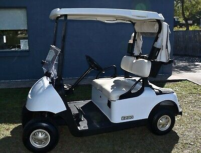 GOLF BUGGY / CART 2015 E-Z-GO RXV - Very good Condition - Excellent Batteries