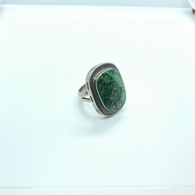 Vintage Sterling Silver Mexican Ring With Green Stone - Size 8