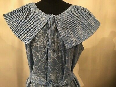 Vintage maternity night gown blue floral original with pleated collar