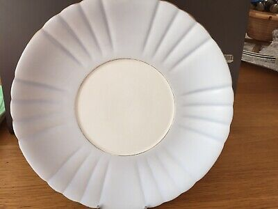 """Royal Grafton Vintage China  9"""" Round Dessert/Sandwich Plate With Gold Edging"""