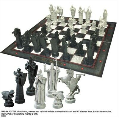 Harry Potter Wizard Chess Set Noble Collection NN7580 - BRAND NEW  & BOXED